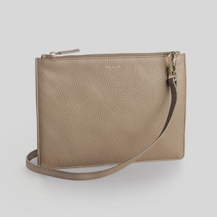 Abro bags, handbags and purses. Of them – you will never get enough!