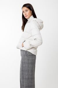 andiata-naisten-untuvatakki-saniel-down-jacket-kitti-2
