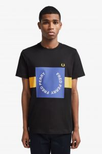fred-perry-t-paita-bold-graphic-t-shirt-musta-1
