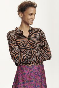 samsoe-and-samsoe-milly-shirt-aop-7201-ruskea-kuosi-1