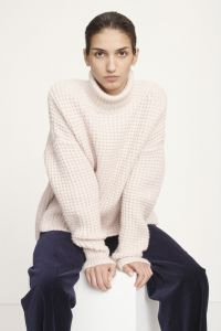 samsoe-and-samsoe-naisten-neule-hal-turtle-neck-nude-1