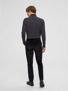 selected-miesten-pooloneule-tower-roll-neck-tummanharmaa-2