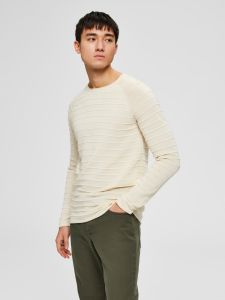 selected-miesten-puuvillaneule-troy-crew-neck-kerma-2