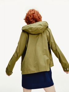 tommy-jeans-naisten-takki-logo-hood-jacket-armeijanvihrea-2
