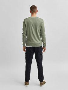 selected-miesten-neule-keston-knit-crew-neck-limenvihrea-1