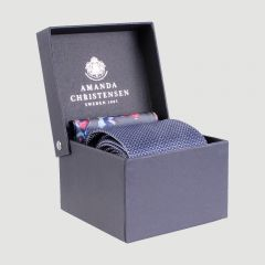 amanda-christensen-solmio-ja-taskuliina-punainen-kuosi-1