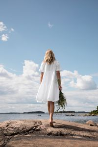 andiata-naisten-mekko-anabella-dress-linen-valkoinen-2