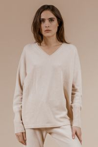 andiata-naisten-neule-ameda-knit-vaalea-beige-1