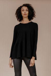 andiata-naisten-neulepaita-redal-knit-musta-1