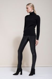 andiata-starlata-trousers-naisten-nahkahousut-musta-1