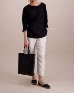 balmuir-naisen-pellavapusero-linnea-musta-1