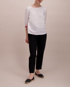 balmuir-naisen-pellavapusero-linnea-valkoinen-1
