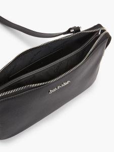 calvin-klein-accessories-naisten-laukku-ck-must-xbody-musta-2