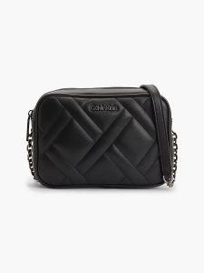 calvin-klein-accessories-naisten-laukku-ck-quilt-camera-bag-musta-1