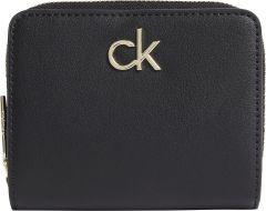 calvin-klein-accessories-naisten-lompakko-musta-1