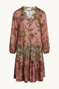 claire-naisten-mekko-dia-vaaleanpunainen-kuosi-1
