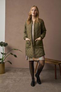culture-naisten-donia-jacket-armeijanvihrea-4