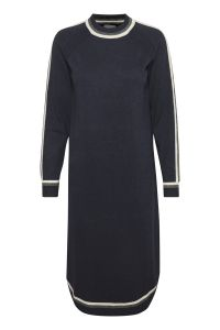 culture-naisten-neulemekko-annemarie-dress-tummansininen-1