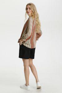 culture-naisten-paita-mouritza-blouse-beige-kuosi-2