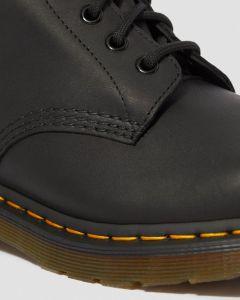 dr-martens-miesten-kengat-greasy-musta-2