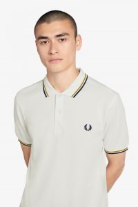 fred-perry-miesten-pikeepusero-twin-tipped-valkoinen-1