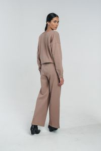 halo-naisten-collegehousut-tundra-woolen-wide-college-pant-ruskeanharmaa-2