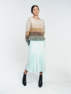 halo-naisten-neule-kajo-handknitted-sweater-monivariraita-1