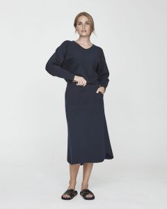 holebrook-naisten-neulehame-barbro-skirt-tummansininen-1