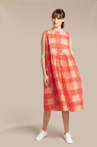 kuusama-naisten-mekko-mint-dress-130cm-punainen-kuosi-1