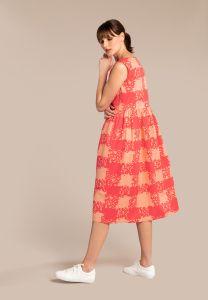 kuusama-naisten-mekko-mint-dress-130cm-punainen-kuosi-2