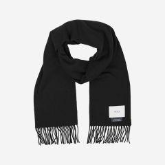 makia-huivi-fabrik-scarf-100-wool-musta-2