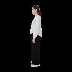 makia-naisten-pusero-lily-blouse-valkopohjainen-kuosi-2