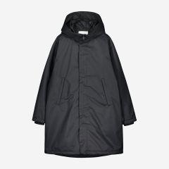 makia-naisten-takki-halla-parka-musta-1
