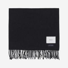 makia-villahuivi-fabrik-scarf-musta-1