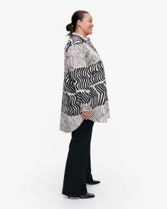 marimekko-naisten-paita-norkko-silkkikuikka-paita-mustavalkoinen-2