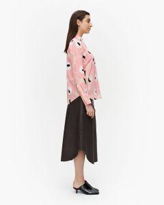 marimekko-naisten-paita-toiveikas-pieni-unikko-paita-vaaleanpunainen-kuosi-2