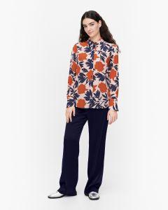 marimekko-naisten-paitapusero-toiveikas-pionipensas-monivarinen-kuosi-1