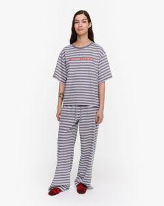 marimekko-naisten-pyjamapaita-hiirenkorva-tasaraita-light-harmaa-kuosi-1