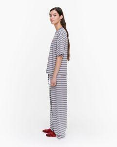 marimekko-naisten-pyjamapaita-hiirenkorva-tasaraita-light-harmaa-kuosi-2