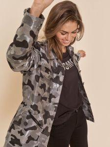 mos-mosh-naisten-takki-everett-reid-jacket-musta-kuosi-2