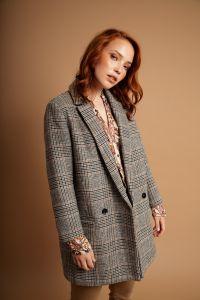 samsoe-and-samsoe-naisten-villakangastakki-ditte-jacket-harmaa-ruutu-1