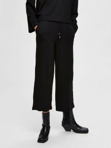selected-femme-naisten-housut-jody-mw-wide-ankle-sweat-pant-musta-1