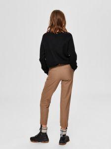 selected-femme-naisten-neulepaita-lulu-ls-knit-o-neck-musta-2