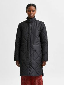selected-femme-naisten-takki-naddy-quilted-coat-musta-1