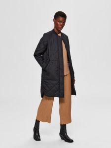 selected-femme-naisten-takki-slfnatalia-quilted-coat-b-noos-musta-2