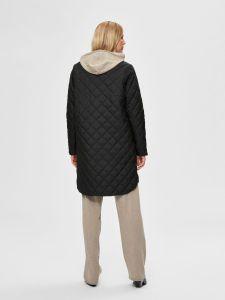 selected-femme-naisten-tikkitakki-fillipa-quilted-coat-musta-2