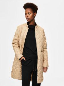 selected-femme-naisten-tikkitakki-fillipa-quilted-coat-vaalea-beige-1
