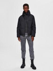 selected-femme-naisten-untuvatakki-k-slfdaisy-down-jacket-musta-2