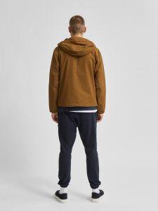 selected-miesten-kevattakki-baker-cotton-jacket-tummanruskea-2