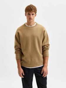 selected-miesten-neule-slhparkon-ls-knit-crew-neck-beige-1